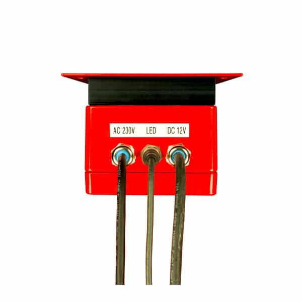 Batterielade- und Erhaltungsladegerät
